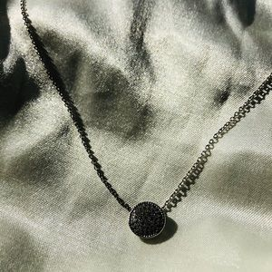 Premium white gold plates necklace